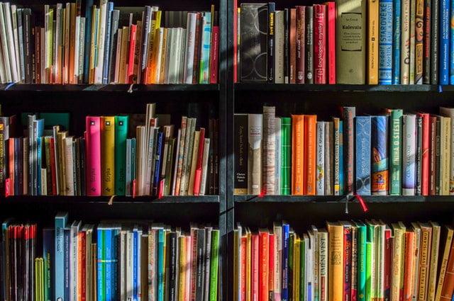 Książki po angielsku na poziom średniozaawansowany.